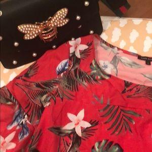 Dresses & Skirts - Fun and flirty summer dress
